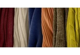 Schickes Strickleid für Damen bestellen und trendig in die kühle Jahreszeit starten